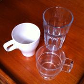 Plastic versus glas